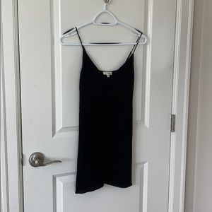 Aritzia/Wilfred Free black slip dress - XS